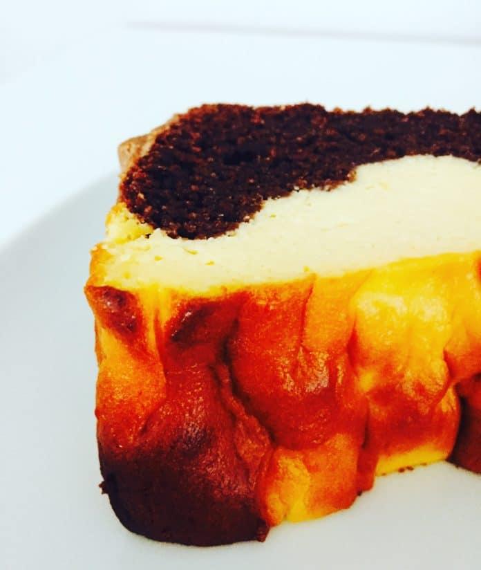 Schoko Käsekuchen ist die unglaubliche Kombiation aus Schokolade und Käsekuchen. Wer da nicht schwach wird... der verpasst etwas!
