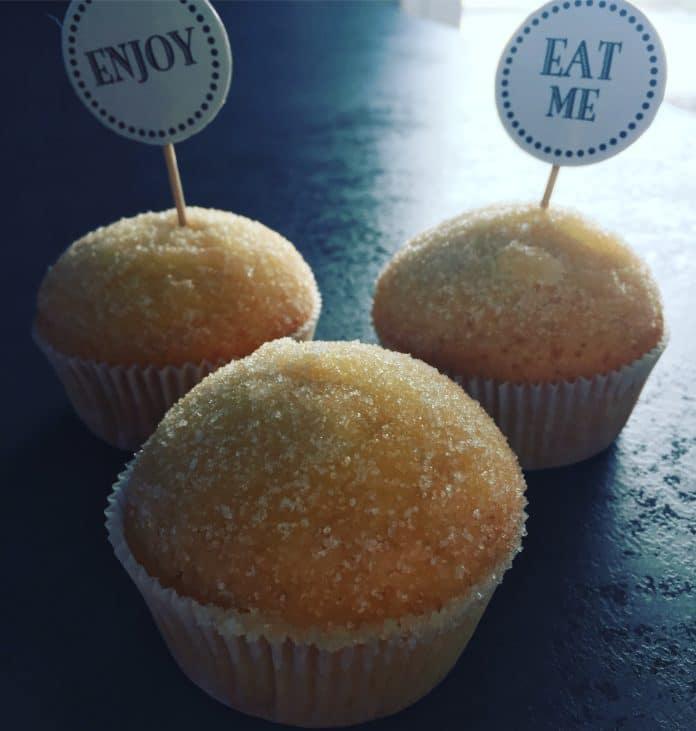 Donut Muffins sind sehr luftig, schnell gemacht und super lecker.