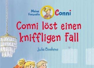 Conni löst mit ihren Freunden einen kniffeligen Fall. Conni ist mittlerweile Schulkind und die Geschichten werden umfangreicher und sind toll zum vorlesen.