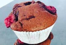Schoko - Kirsch - Muffins sind wunderbar saftig, extrem aromatisch und sehr schokoladig. Zusätzlich mit Stückchen im Teig, für den besonderen Kick.